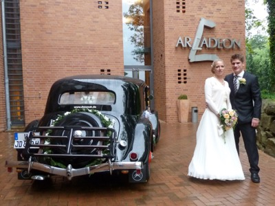 Hochzeit In Amelie Hochzeit Im Citroen Oldtimer Amelie